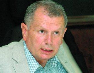 Vasile Ciupercă îmbătrânește urât. Bătrînelul politicos, simandicos și prețios în exprimare este doar o poză. Falsă ca și personajul ce se ascunde în spatele ei. Imaginea reală a tartorului PSD […]
