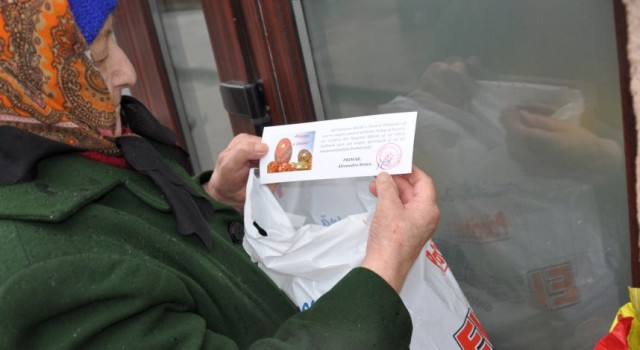 Pensionarii l-au făcut om pe Stoica. L-au votat buluc la alegeri aburiți de gargara tembelă pe care fostul apevist le-a servit-o de mână cu un alt pensionar, Silvian Ciupercă, cazat […]