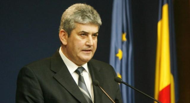 Mă, pentru că de ce acest articol? Pentru că generalul fără trupe Gabriel Oprea, viceprim (ministru) pe domeniul siguranței naționale este cel mai pupat în cur om al României în […]