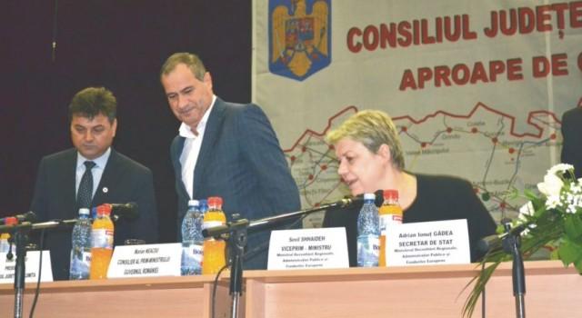 În vara anului 2017, organizația PSD anunța cu surle și trâmbițe că datorită eforturilor marilor bărbați de stat (degeaba) Victor Moraru și Marian Neacșu, Ialomița va primi prin PNDL 2 […]