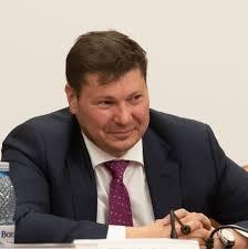 Președintele PSD Ialomița, senatorul Marian Pavel, va candida la președinția CJ Ialomița. Decizia aparține organizației județene și a fost luată după ce actualul vicepreședinte al consiliului, Cătălin Grigore, a declinat […]