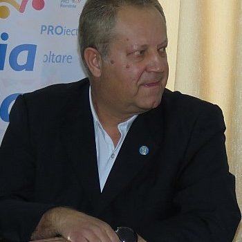 Gașca condusă de unchiul ANRE se subțiază pe zi ce trece. Ștefan Mihăilă, unul dintre primii membri ai partidului, și-a anunțat demisia. El invocă faptul că liderul informal al partidului […]